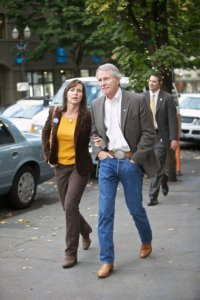 Meet Oregon's latest pair of star-crossed lovers. Image source: http://www.oregonlive.com/politics/index.ssf/2011/04/first_lady_cylvia_hayes_gets_o.html